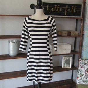 Gap long sleeve striped knee length dress t